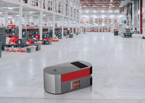 Nano nabíjecí kontakty pro autonomní roboty AMR